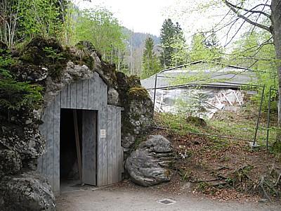 Die Venusgrotte Im Schlosspark Von Linderhof